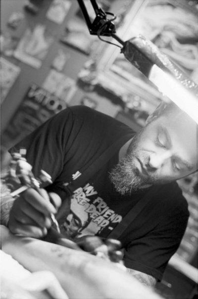 Künstlerfotos - Tattoo Artist